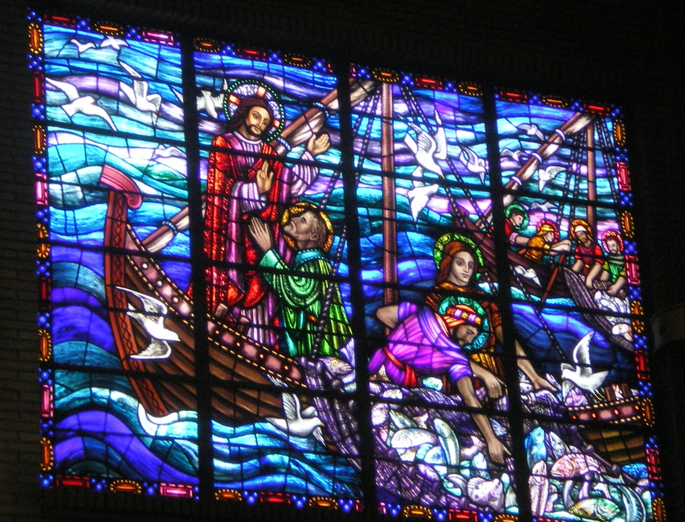 stained-glass-of-jesus-and-fishermen-mary-star-of-the-sea-church